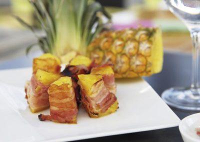 Gegrillte Ananas mit Bacon